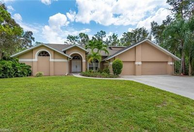 6371 Silver And Lewis Ln Fort Myers FL 33966