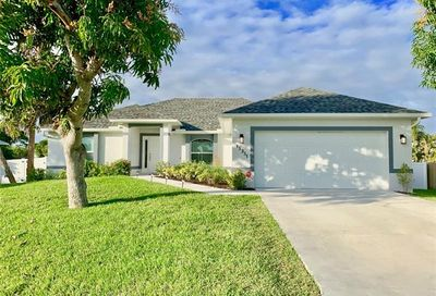 15351 Tahitian Dr Fort Myers FL 33908