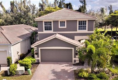 8995 Spring Mountain Way Fort Myers FL 33908