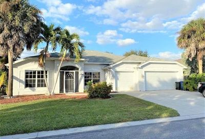 16832 Colony Lakes Blvd Fort Myers FL 33908