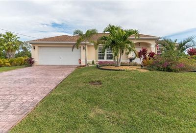 1419 SW 8th Ct Cape Coral FL 33991