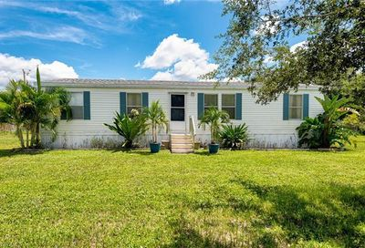 8315 Grady Dr North Fort Myers FL 33917