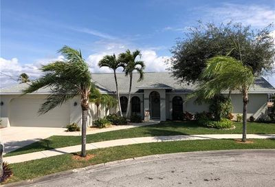4550 W Coral Cir North Fort Myers FL 33903