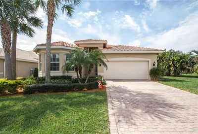 10122 Silver Maple Ct Fort Myers FL 33913
