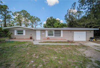 213 Columbus Ave Lehigh Acres FL 33936