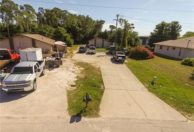 18669/671 Holly Rd Fort Myers FL 33967