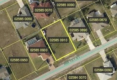 313 NW 1st St Cape Coral FL 33993