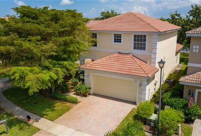 9110 Red Canyon Dr Fort Myers FL 33908