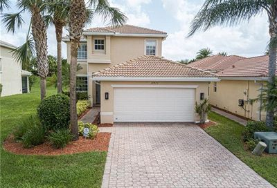 10473 Carolina Willow Dr Fort Myers FL 33913