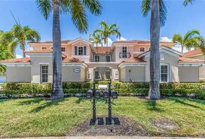 11080 Harbour Yacht Ct 202 Fort Myers FL 33908