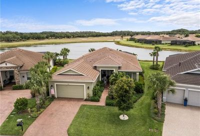 13821 Woodhaven Cir Fort Myers FL 33905