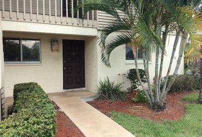 5705 Foxlake Dr 6 North Fort Myers FL 33917