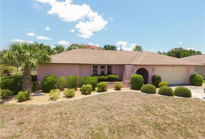 2529 Shelby Pky Cape Coral FL 33904