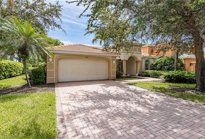 13160 Gray Heron Dr North Fort Myers FL 33903