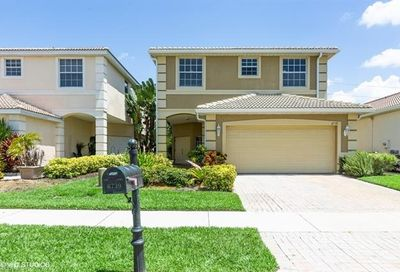 8739 Spring Mountain Way Fort Myers FL 33908