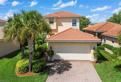 10458 Carolina Willow Dr Fort Myers FL 33913