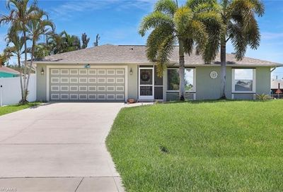 808 SW 14th Pl Cape Coral FL 33991