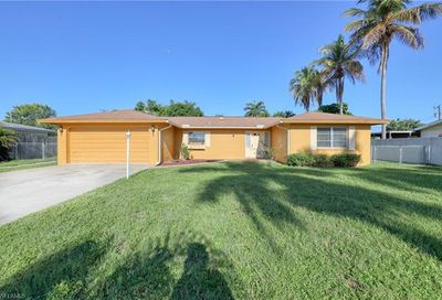 4613 Vinsetta Ave North Fort Myers FL 33903