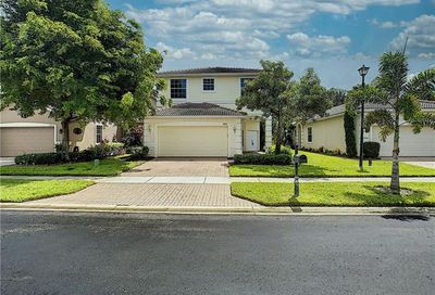 8839 Spring Mountain Way Fort Myers FL 33908