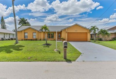 502 SE 18th Ave Cape Coral FL 33990