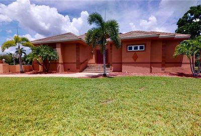 8870 King Lear Ct Fort Myers FL 33908