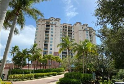 445 Cove Tower Dr 803 Naples FL 34110