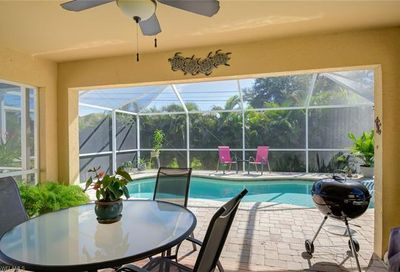 1725 SW 3rd Ave Cape Coral FL 33991
