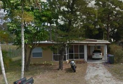 2835 Evans Ave Fort Myers FL 33901