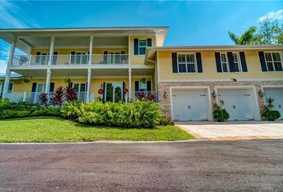 70 Wolcott Dr North Fort Myers FL 33903