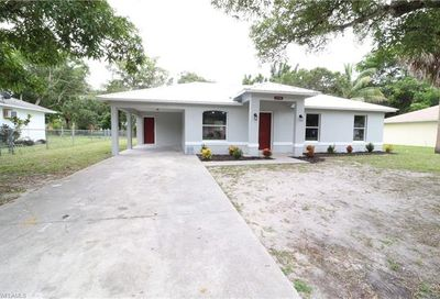 2746 Guava St Fort Myers FL 33916