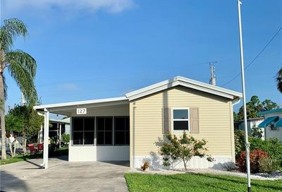 127 Overland Trl North Fort Myers FL 33917