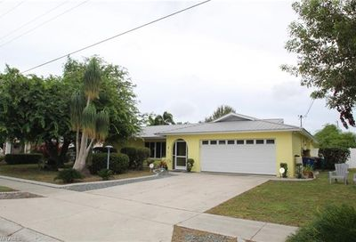 1737 Saint Clair Ave E North Fort Myers FL 33903