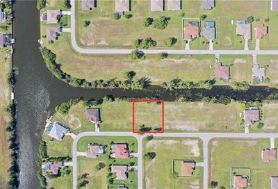 1018 NW 22nd Pl Cape Coral FL 33993