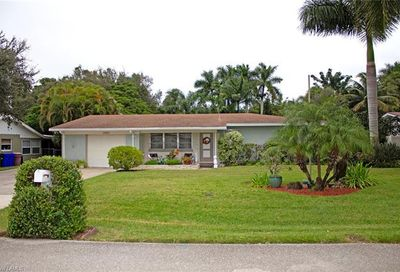 1239 Sunbury Dr Fort Myers FL 33901
