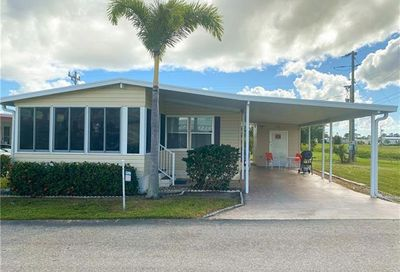 3592 Celestial Way North Fort Myers FL 33903