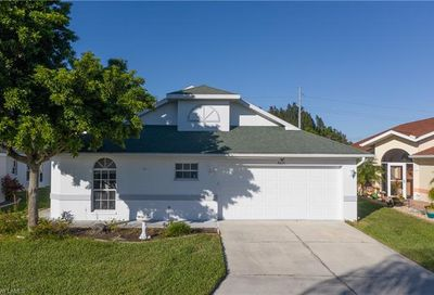 3671 Gloxinia Dr North Fort Myers FL 33917
