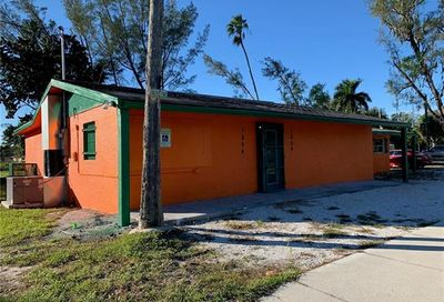 1804 Palm Ave Fort Myers FL 33916