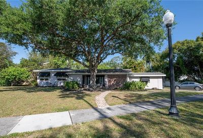1357 Wales Dr Fort Myers FL 33901
