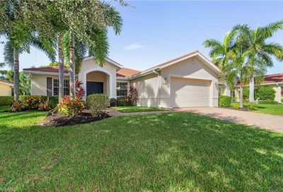 2538 Ashbury Cir Cape Coral FL 33991
