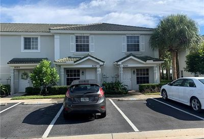 8291 Pacific Beach Dr Fort Myers FL 33966