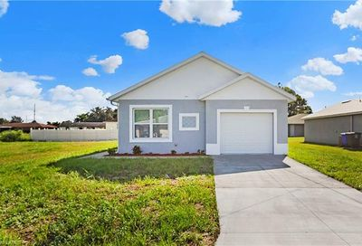 3303 Armstrong Ct Fort Myers FL 33916