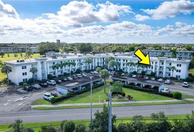 1724 Pine Valley Dr 204 Fort Myers FL 33907
