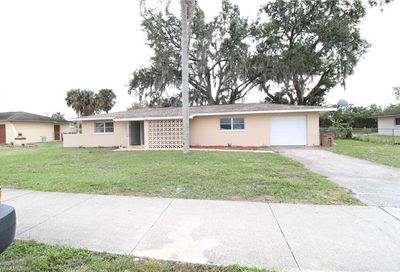 710 Leeland Heights Blvd E Lehigh Acres FL 33936