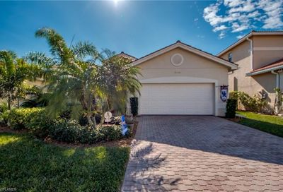 10400 Spruce Pine Ct Fort Myers FL 33913