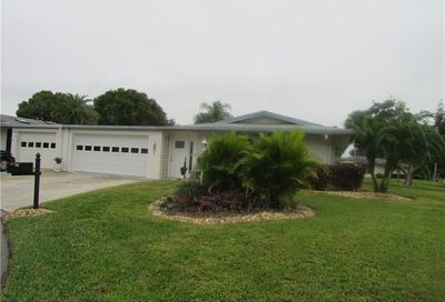 5597 Westwind Ln Fort Myers FL 33919