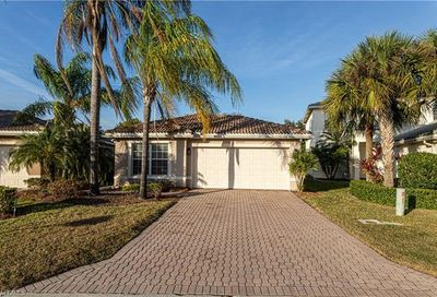 10367 Carolina Willow Dr Fort Myers FL 33913