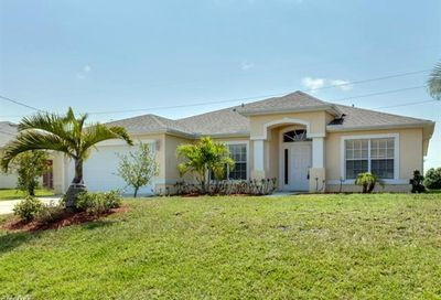 2220 NW 8th Ter Cape Coral FL 33993