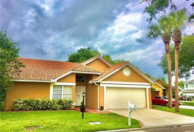 12800 Eagle Pointe Cir Fort Myers FL 33913