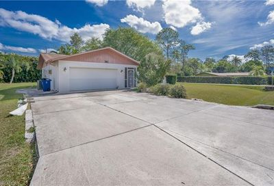 8720 Dartmouth St Fort Myers FL 33907