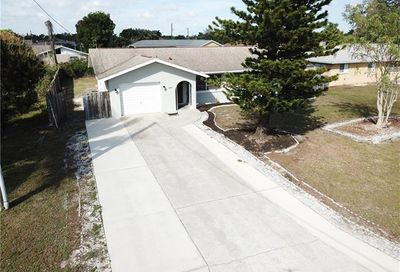 1731 Coral Point Dr Cape Coral FL 33990